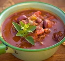 Фасолевый суп с чили